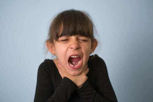兒童窒息:怎麼辦和如何預防