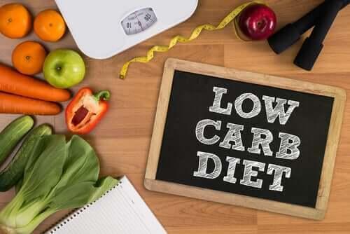 低碳水化合物飲食、智力表現和情緒