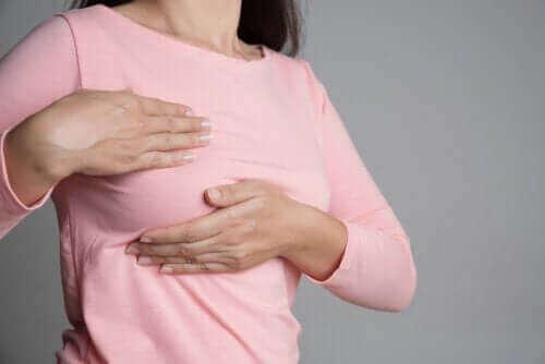 乳房疼痛與生理期