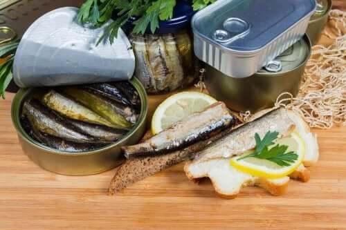 食用罐頭食品中的液體是否有益健康?