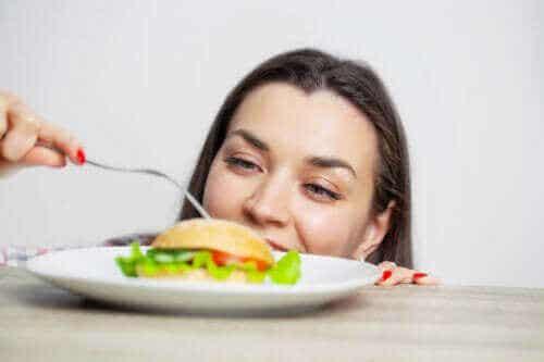 飲食過量的不良反應