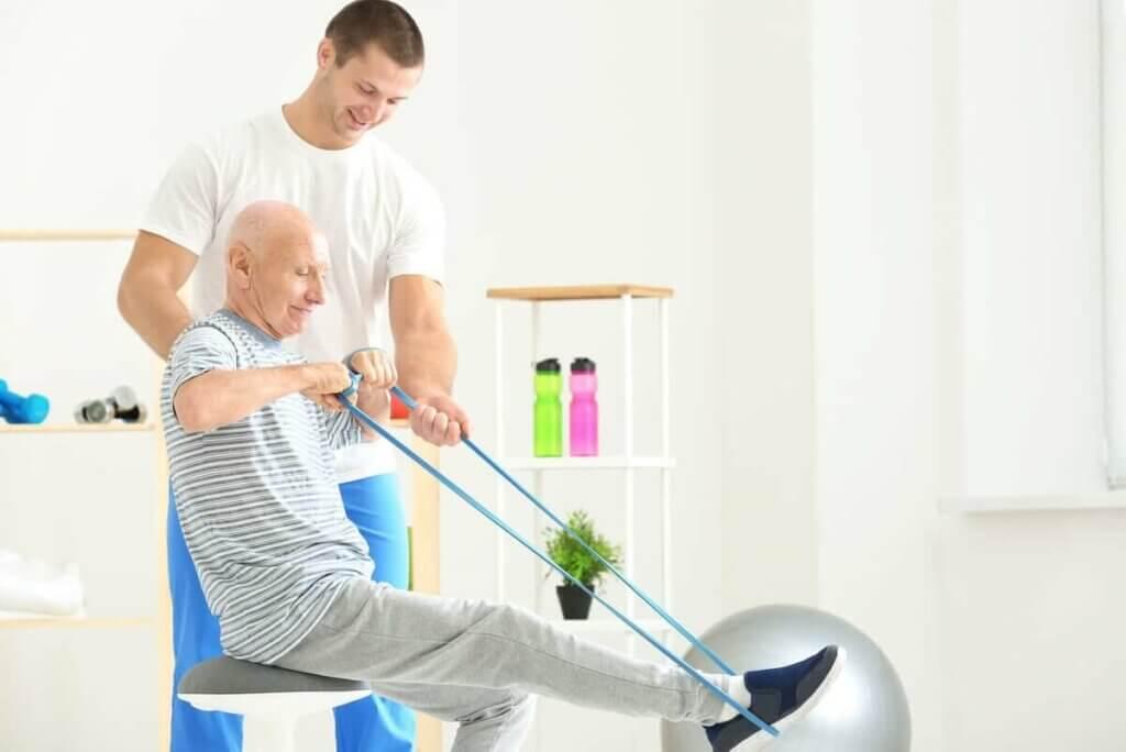 老人彈力帶運動